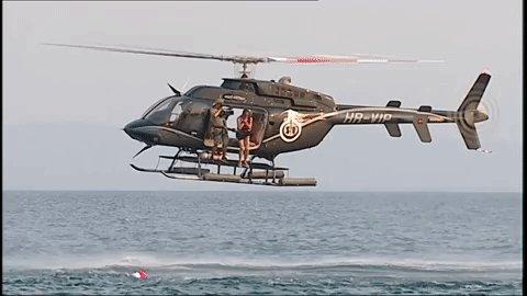 Isabel Pantoja desembarca en el programa 'Supervivientes' saltando desde el helicóptero
