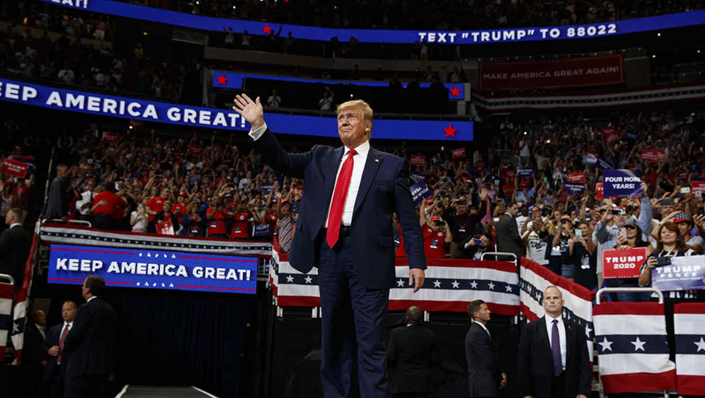 """Trump dice que su """"maquinaria política está de vuelta"""" en el lanzamiento de su reelección para el 2020"""