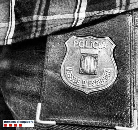 Liberan a una mujer retenida más de 20 días en un piso de Tortosa