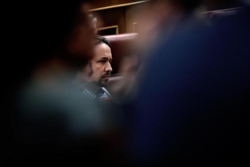 Los socialistas no aceptan la nueva propuesta de Podemos durante el debate de investidura