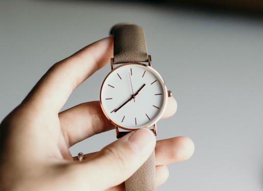 Cambio de hora: ¿Hay que adelantar o atrasar el reloj?